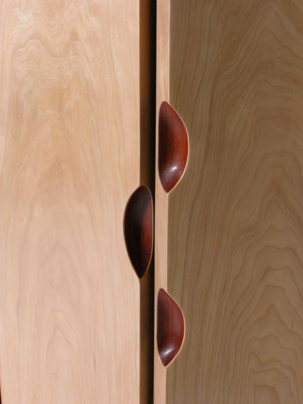 Fireland Flow cabinet by David Tragen