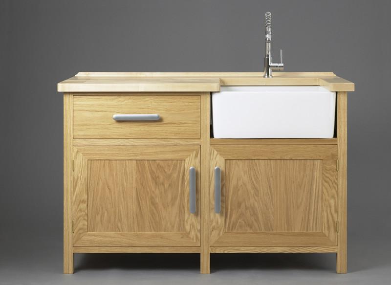 Kitchen sink unit by Dovetailors