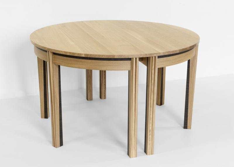 Rimmington dining table (closed) by Suzanne Hodgson