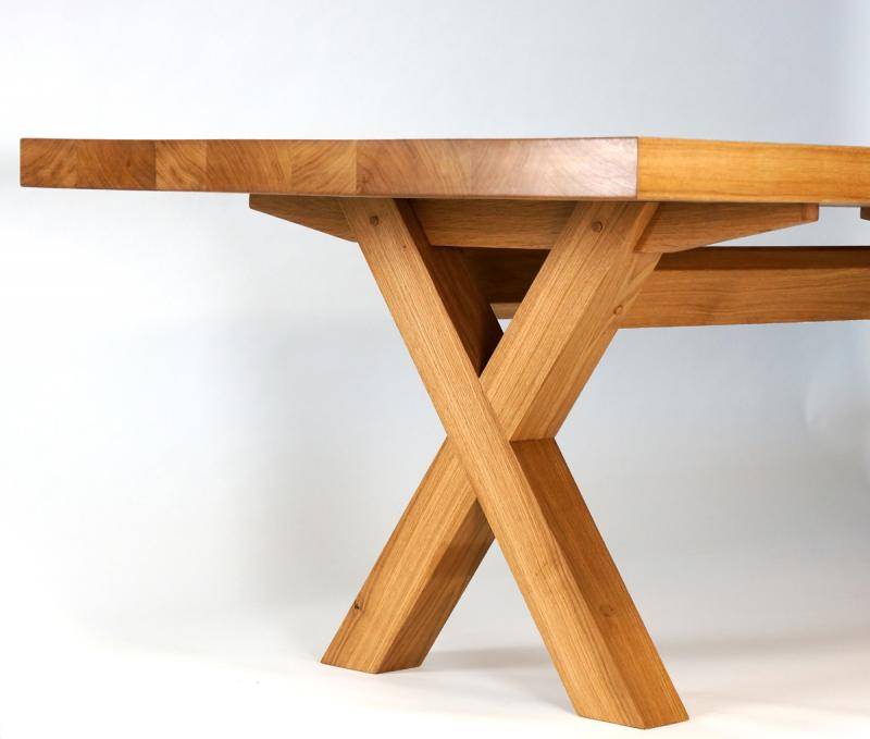 Kitchen Table by Dovetailors