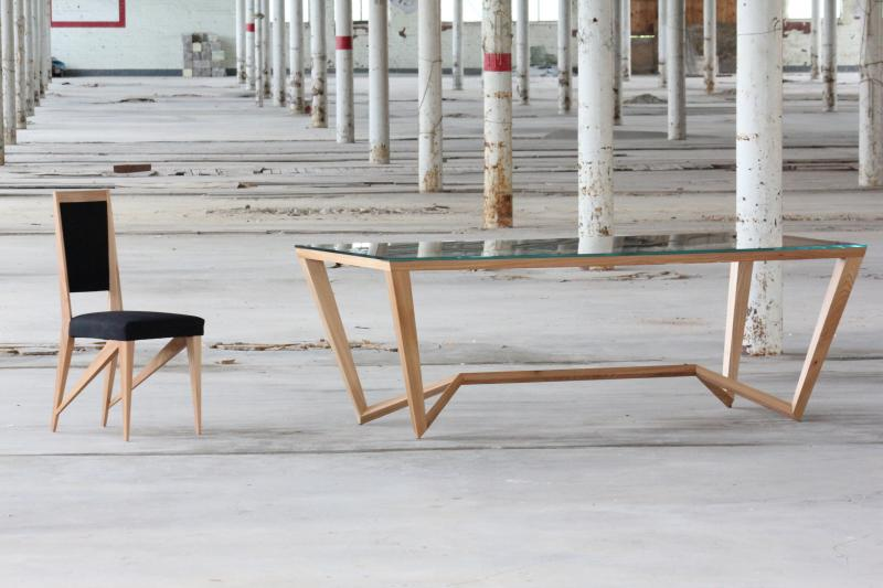 Spyder dining table by Paul Case